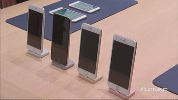 Credit Suisse: Apple cutting iPhone production orders