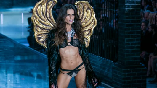 Izabel Goulart walks the runway during the 2015 Victoria's Secret Fashion Show.