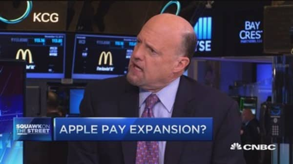 Cramer on Apple Pay expansion