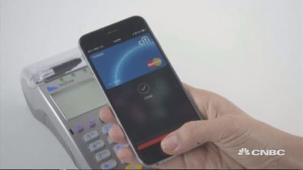 Apple in discussion with US banks to develop mobile payment system