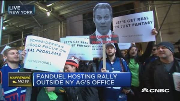 FanDuel fans rally in New York
