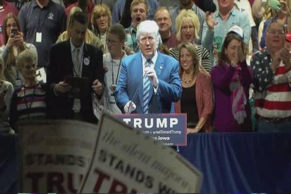 Donald Trump versus Ben Carson