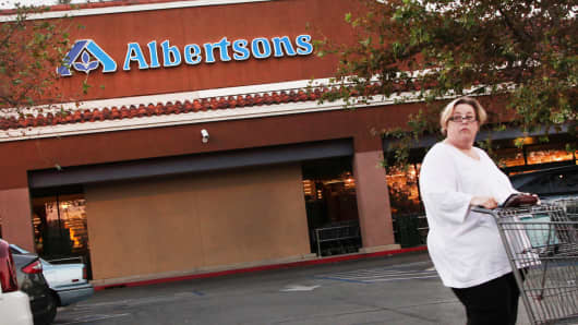 An Albertsons store in Laguna Niguel, California