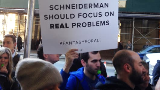 People outside Attorney General Eric Schneiderman's Manhattan office, where they were protesting his decision to classify daily fantasy sports as illegal gambling, November 13, 2015.
