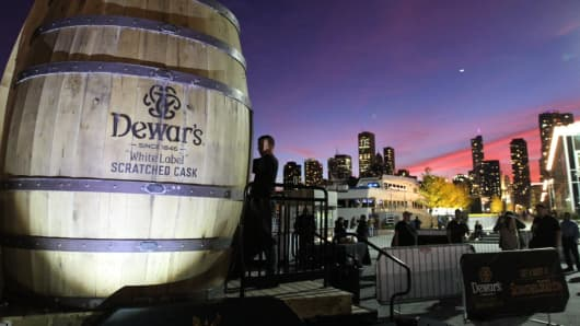 "Dewar's ""White Label"" Scratched Cask invites consumers to experience how it's made in its virtual experience."