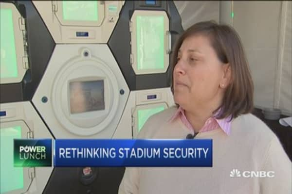 Super Bowl stadium tests new security system