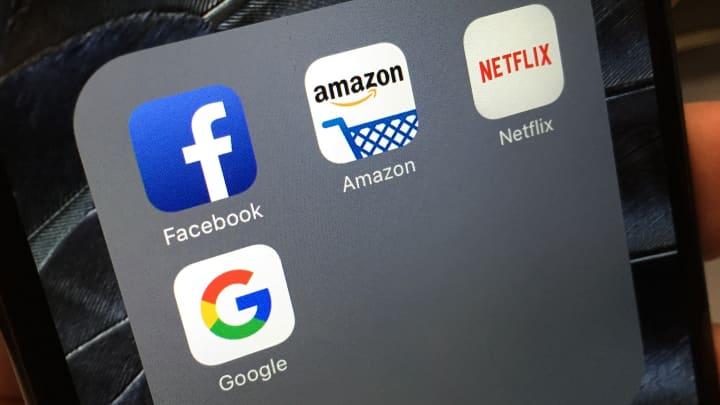 Alphabet Facebook About To Destroy Markets Biggest Dividend Trade