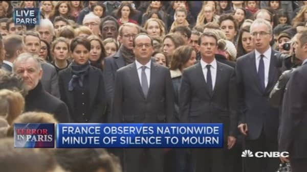 France observes nationwide minute of silence