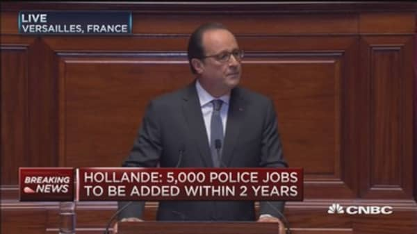 French Pres. Hollande: Terrorists will not damage French soul