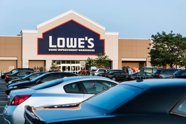 A Lowe's store in Mount Laural, New Jersey