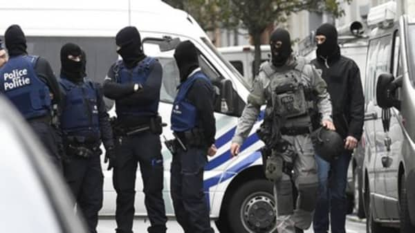 Raids in Brussels linked to Paris suicide bomber