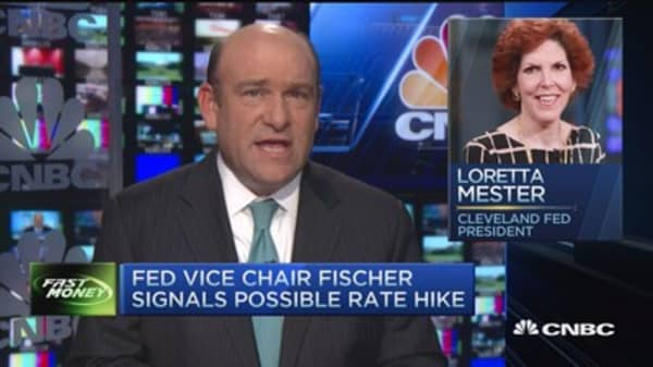Fed Vice Chair Fischer signals possible rate hike
