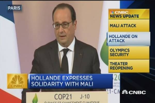 CNBC update: Hollande expresses solidarity with Mali