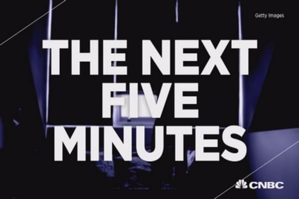 "When adversity hits, remember ""the next five minutes"""