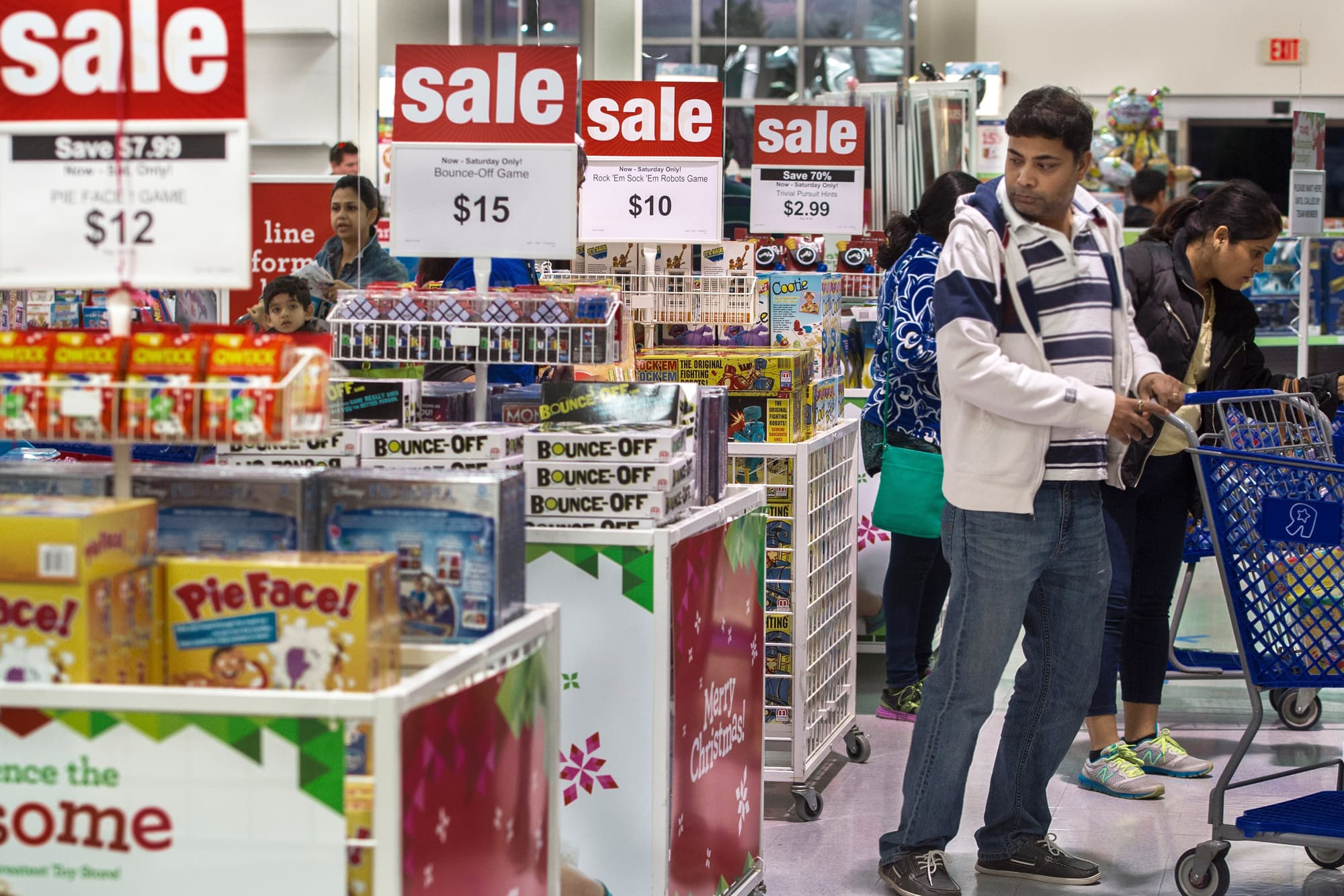 Toys r us files for chapter 11 bankruptcy protection buycottarizona Images