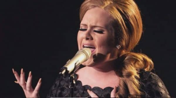 Adele's '25' sells more than 3M copies in the US