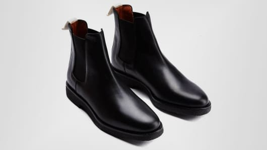 Chelsea boot in leather by Woman by Common Projects