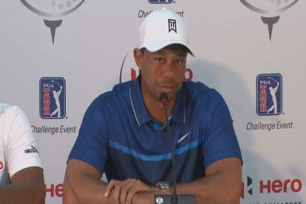 Tiger Woods can't commit to playing golf in 2016.