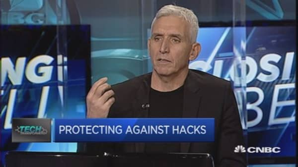 Protecting society from cyberattacks