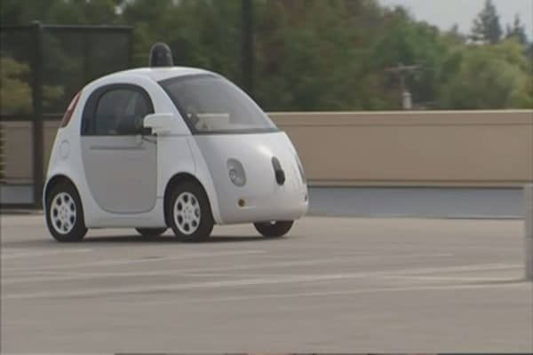 Google unveils emergency features in driverless cars