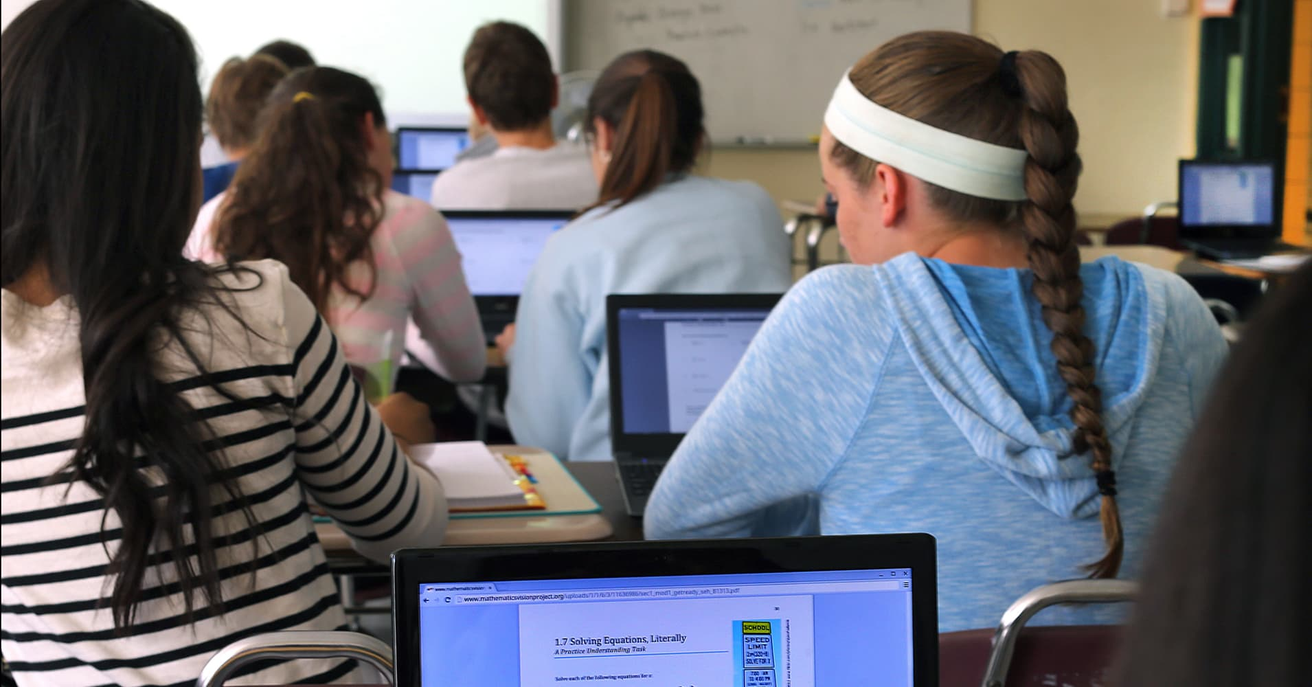 Google S Chromebooks Make Up Half Of Us Classroom Devices