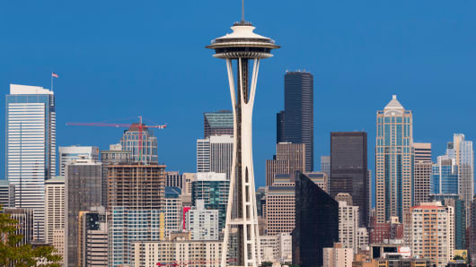 The Seattle skyline with the space needle.