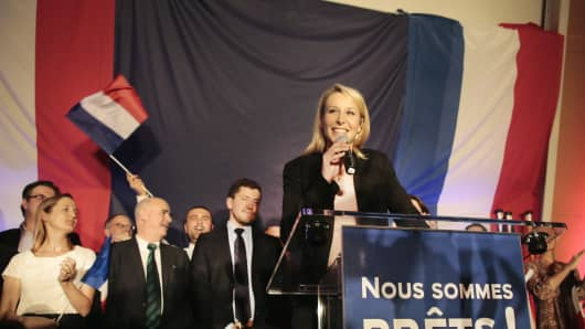 Marion Marechal Le Pen, vice-president of the French far-right Front National (FN) party and candidate for the regional elections in the Provence-Alpes-Cote d'Azur (PACA) region, speaks to supporters after the announcement of the results on December 6, 2015 in Avignon, France.