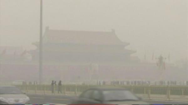 Beijing schools closed due to heavy smog