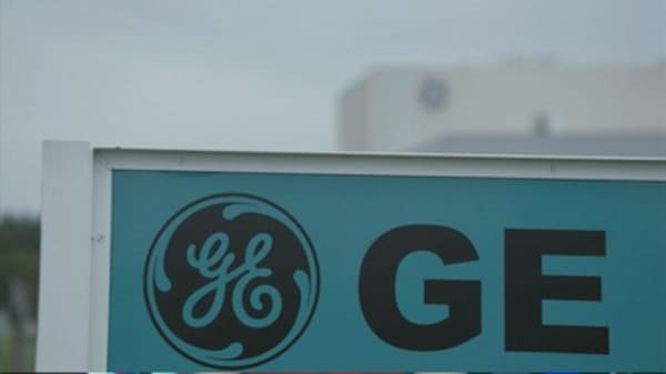 GE terminates $3.3B sale of appliance division to Electrolux