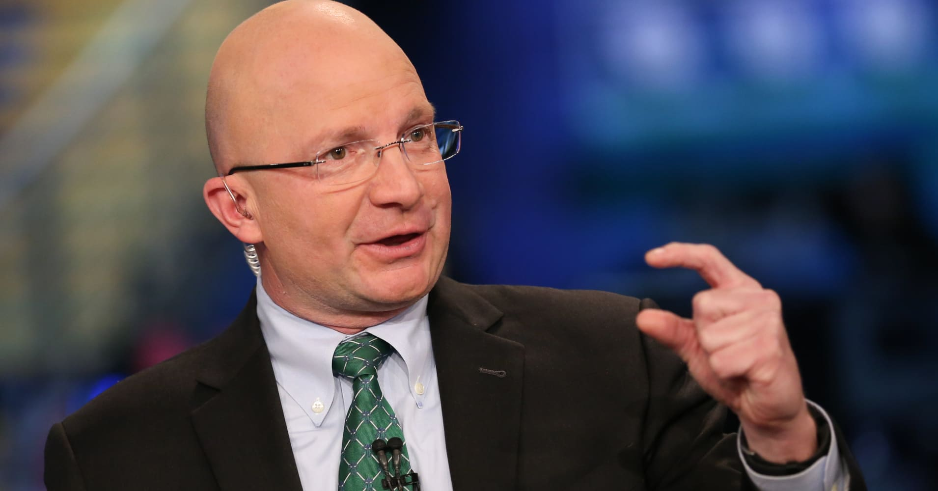 A demoralizing market pullback is coming before stocks can soar to new highs, Tony Dwyer says