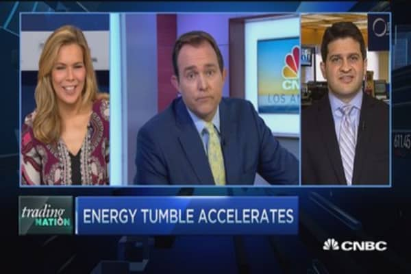 Trading Nation: Sell energy stocks now