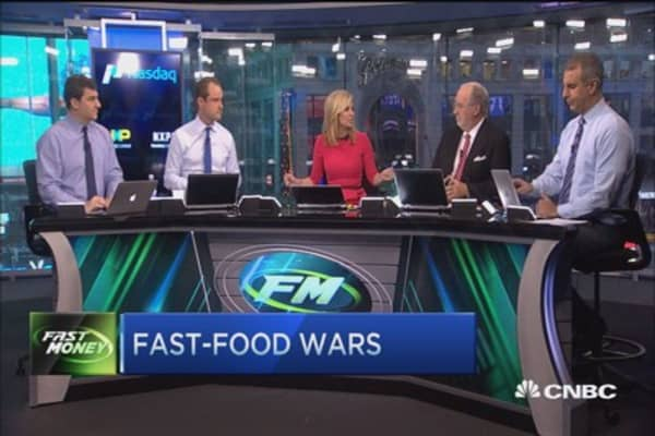 Fast food wars: McDonalds & Chipotle