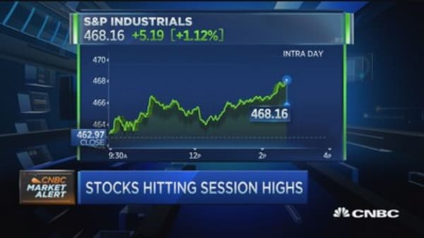 Markets rally despite another drop in oil