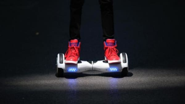 Amazon yanks hoverboards from online stores