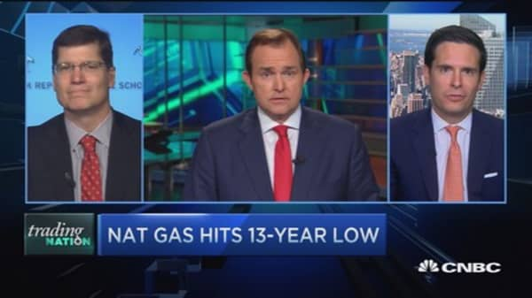 Trading Nation: Nat gas hits 13-year low