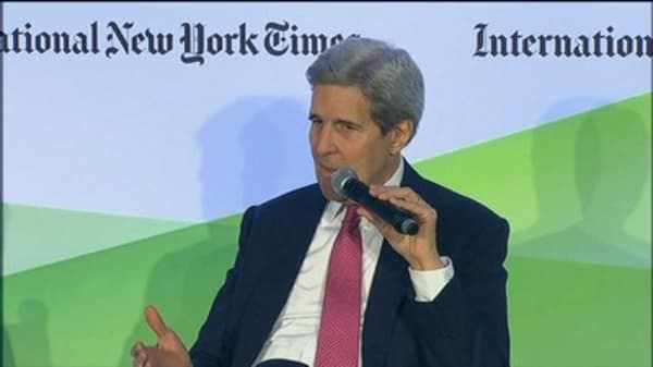 Kerry talks with Kremlin about Syria peace process