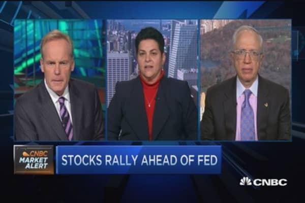 Stocks rally ahead of Fed