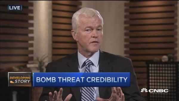 FBI expert: How handle a bomb threat