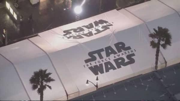 'Star Wars: The Force Awakens' tops $100M in presales