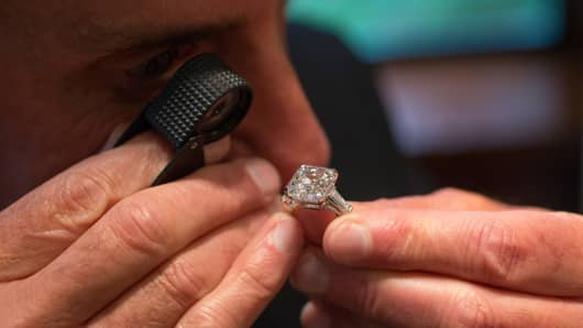 Retail sales of diamonds are expected to grow between 0 and 2 percent this year.