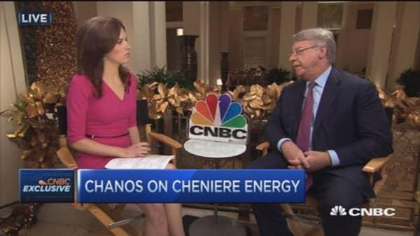 Chanos: Short all major, leveraged oil companies