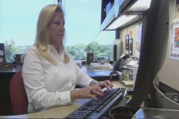Corporate women start to out earn men