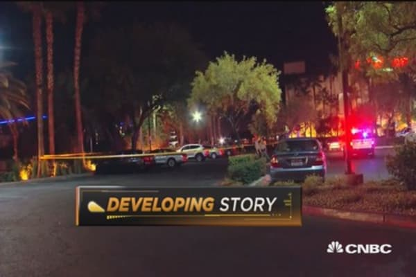 Las Vegas crash kills one