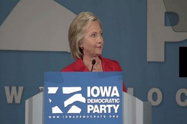 Trump calls Clinton a 'liar'