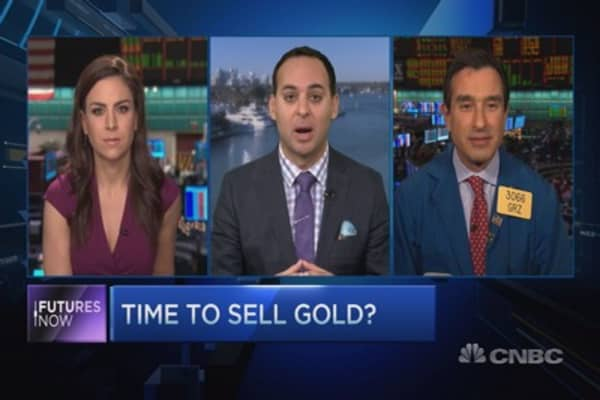 Why you shouldn't buy gold: Traders