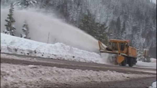 Southern Oregon digs out from latest blizzard