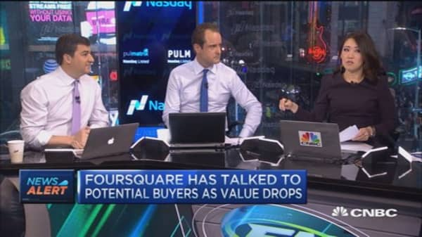 Foresquare talks to potential buyers