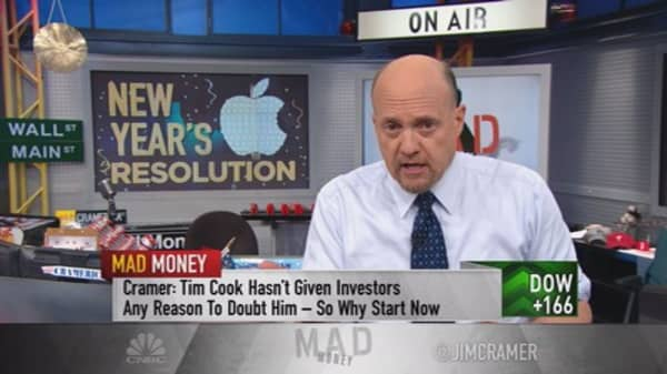 Cramer: My compelling ideas for Tim Cook