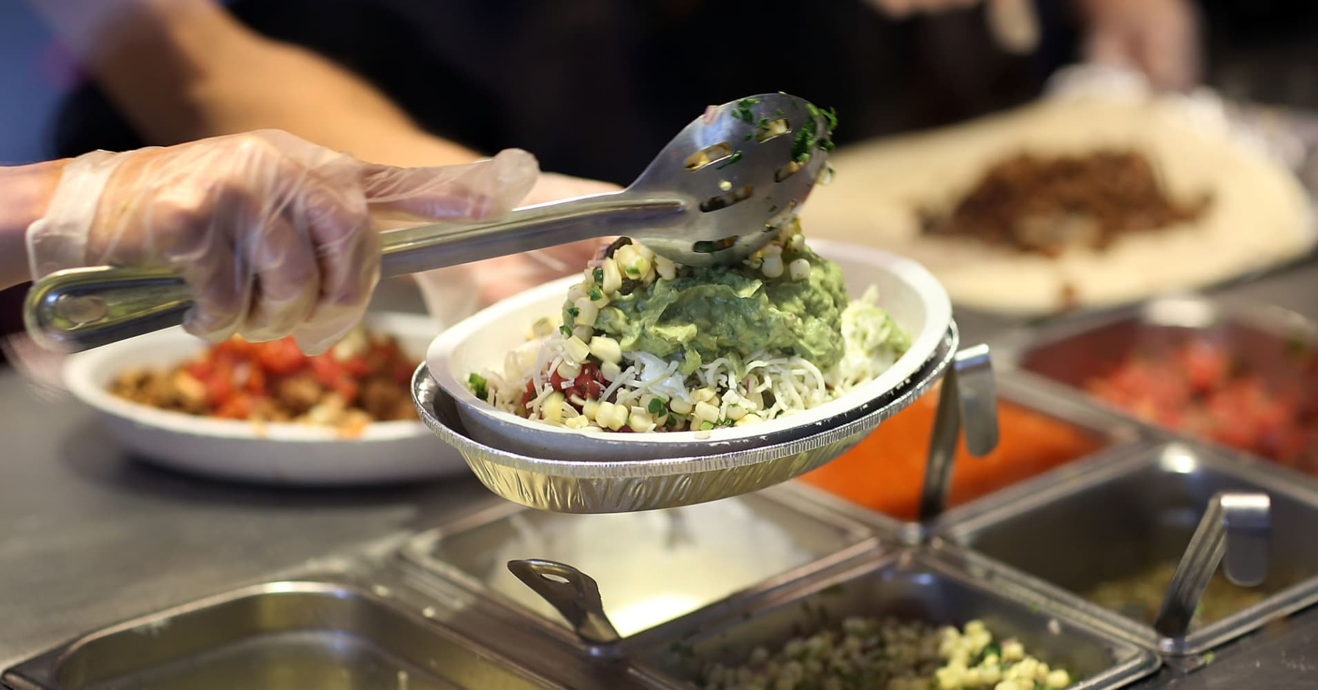 Chipotle says Virginia restaurant reopening after cleaning