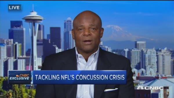 NFL 'stuck their head in the sand' on concussions: NFL Pro